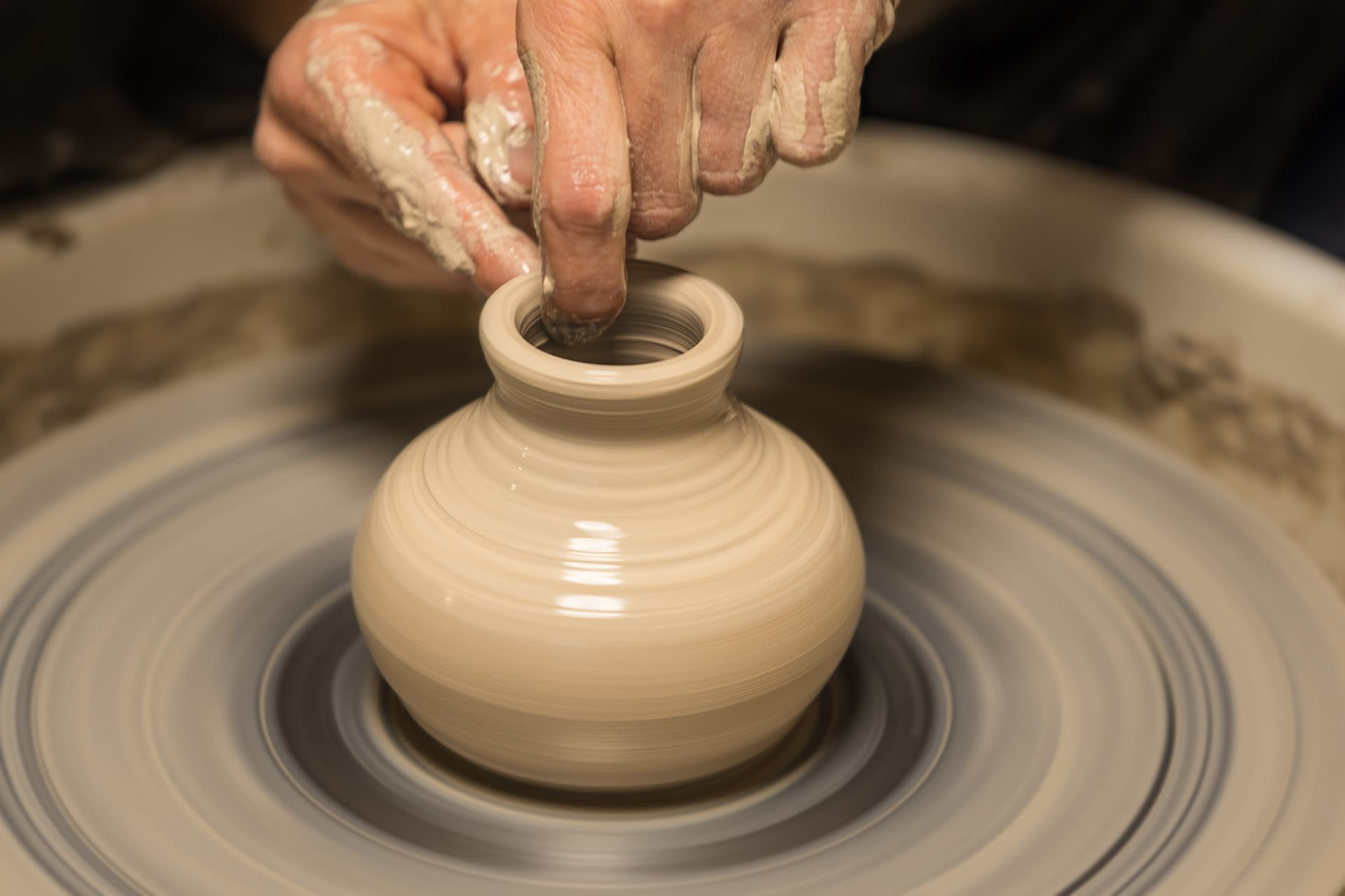 atelier de poterie potier en sarthe